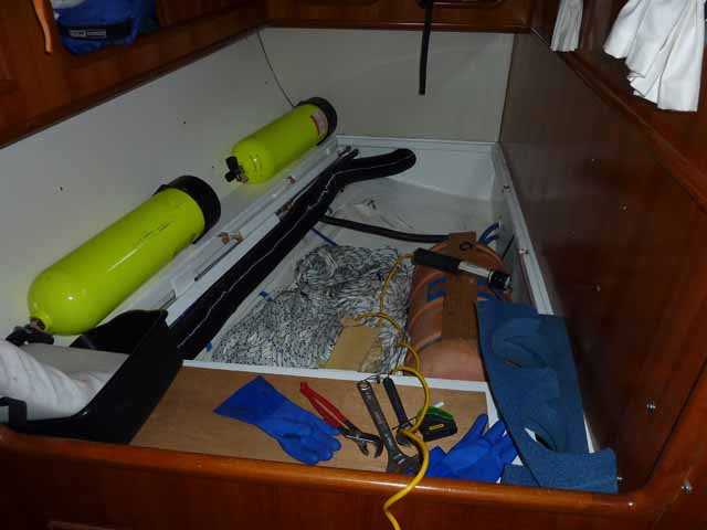Taking apart the quarter berth to repair the hot water tank