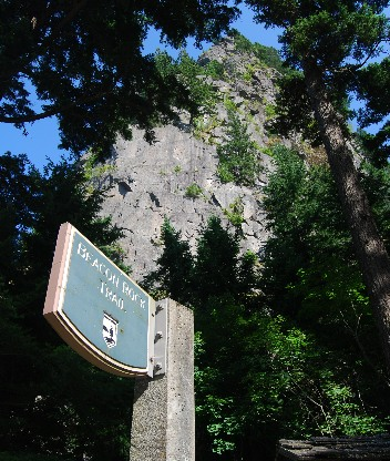 02_beacon_rock_sign