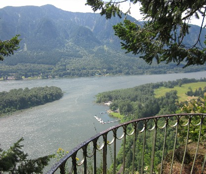 railing beacon rock